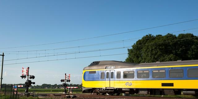 Treinen rijden weer tussen Utrecht en Leiden na defecte bovenleiding