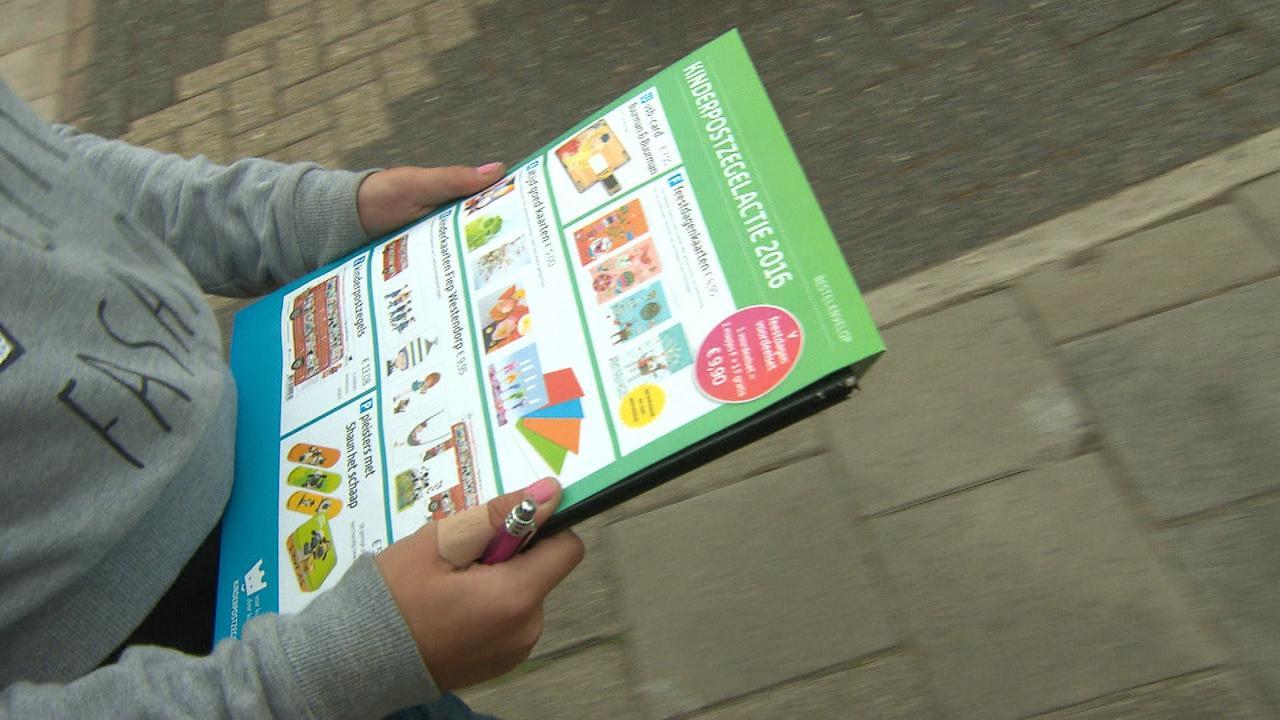 Meisje verkoopt voor 1200 euro aan kinderpostzegels