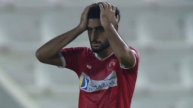 Verdediger maakt knullig eigen doelpunt in Qatar