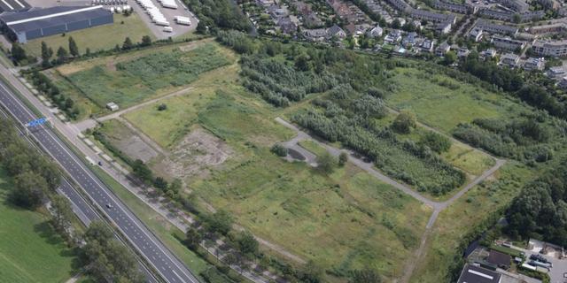 Gemeente Oegstgeest treft schikking over vervuilde grond MEOB-terrein
