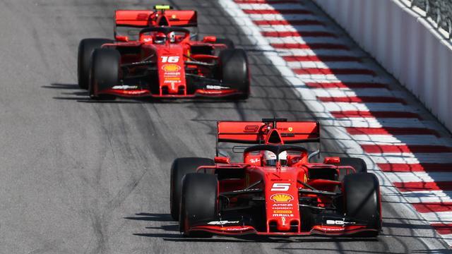 Leclerc verwijt teamgenoot Vettel niets na mislopen winst in Rusland