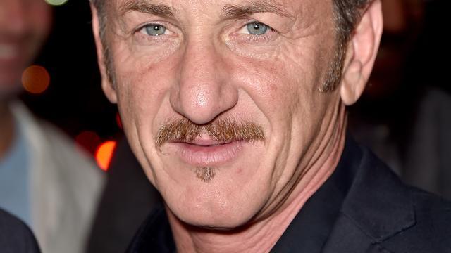 'Sean Penn heeft afspraakjes met actrice Minka Kelly'