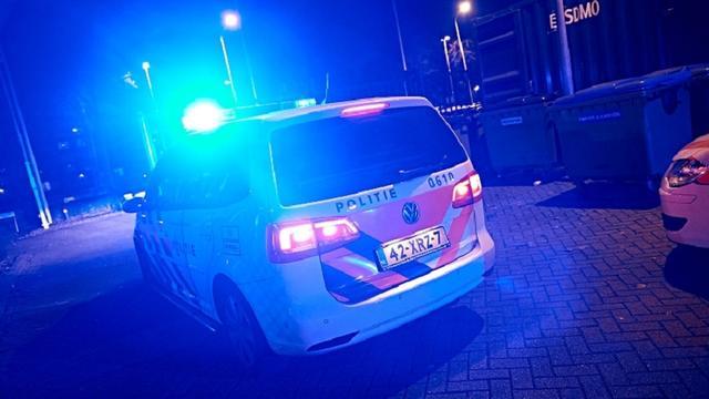 Agenten gewond na frontale aanrijding op A1.