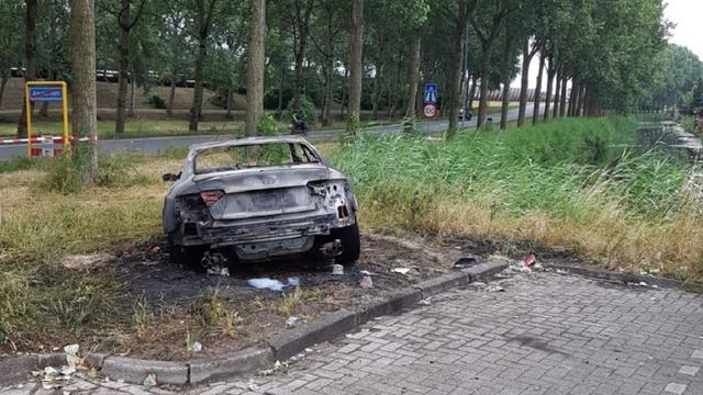 Vermoedelijke vluchtauto aanval De Telegraaf gevonden in Amsterdam