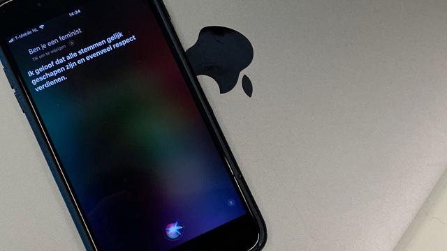 'Apple paste Siri aan om vragen over feminisme en #metoo te ontwijken'
