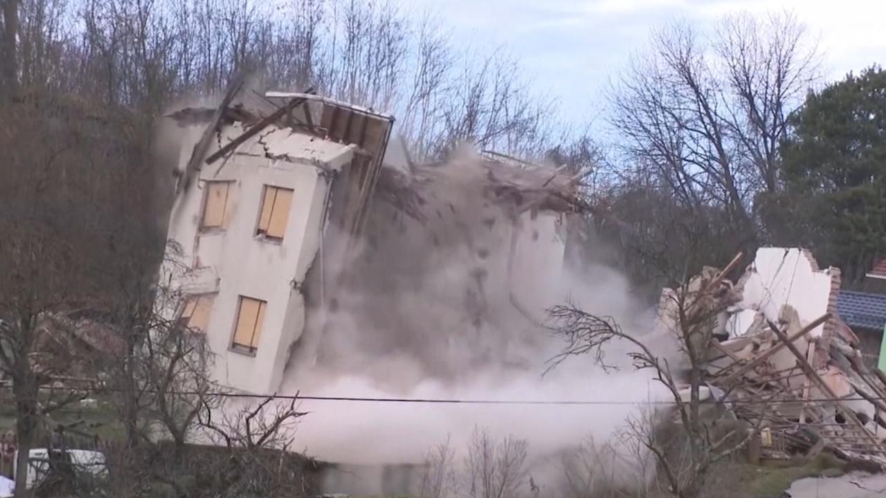 Huizen In Kroatië Storten In Na Aardverschuiving Nu Het Laatste