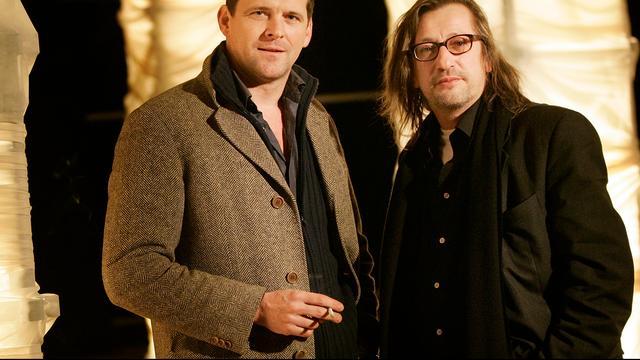 Regisseur Johan Doesburg geridderd tijdens afscheid