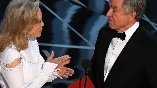 Faye Dunaway voelt zich schuldig over blamage tijdens Oscaruitreiking