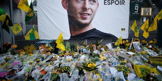 Vliegtuig vermiste Cardiff City-spits Sala na bijna twee weken gevonden