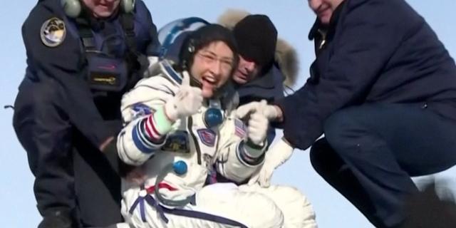 Astronaute teruggekeerd op aarde na recordvlucht van 328 dagen