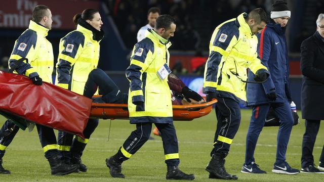 PSG hoopt dat Neymar voor duel met Real Madrid herstelt van enkelblessure
