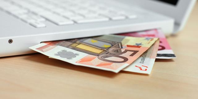 Cheque van 1.000 euro voor Hospice Alphen-Nieuwkoop