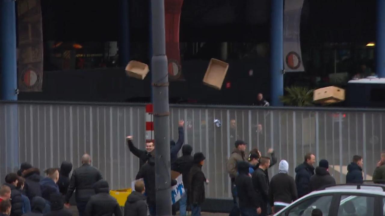 Honderden Feyenoord-supporters aangehouden