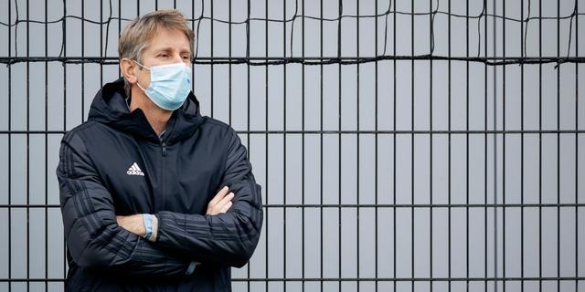 Van der Sar na rampweek Ajax: 'Bij ons wordt professioneel en goed gewerkt'