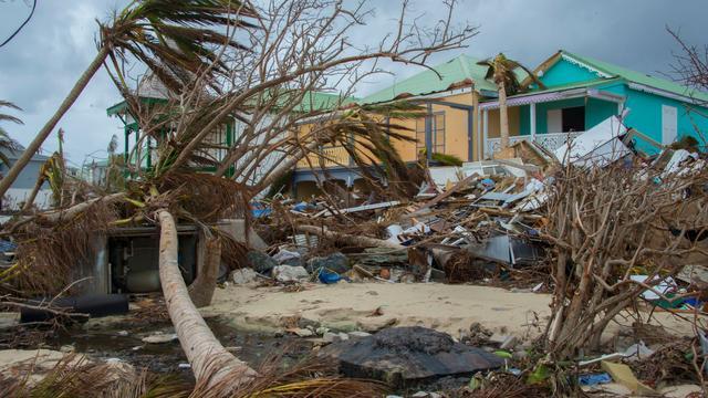 Recordschade natuurrampen door orkanen