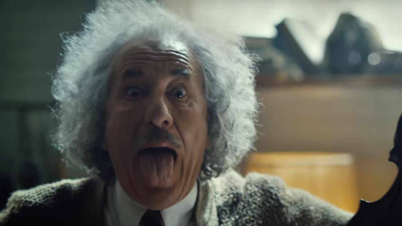 'Einstein' speelt nummer Lady Gaga op viool