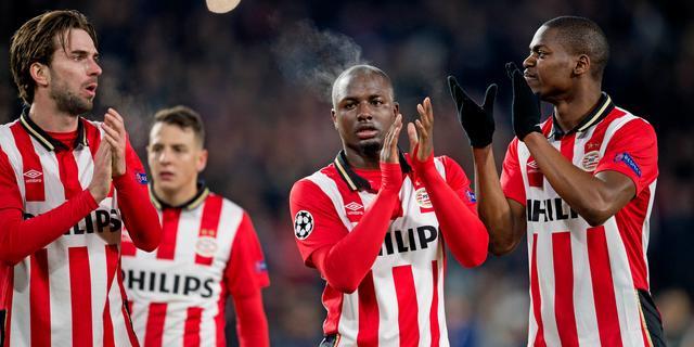 PSV met tien man doelpuntloos gelijk tegen Atletico Madrid