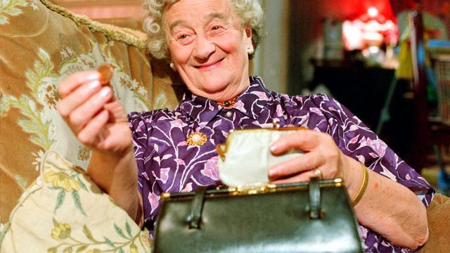 Royle Family-actrice Liz Smith (95) overleden