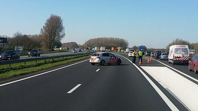 Weer ernstig ongeval op A29 bij Willemstad