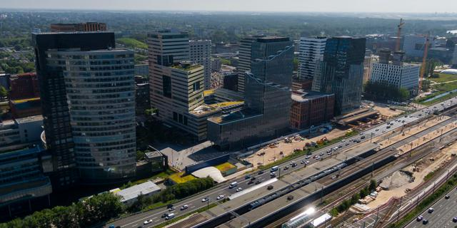 Bouwvakkers mogen 24 uur per dag werken aan het EMA-gebouw op Zuidas
