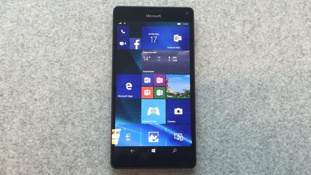 Microsoft blijft eigen Windows-smartphones maken