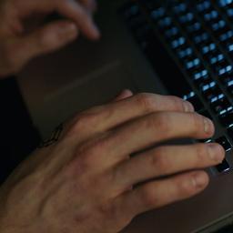 Meer subsidie voor Expertisebureau Online Kindermisbruik