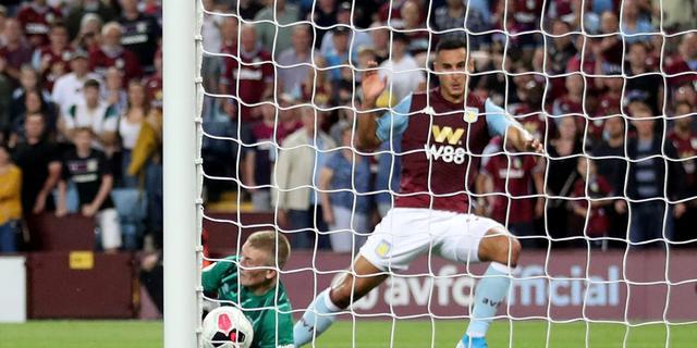 El Ghazi helpt Villa aan winst op Everton, De Jong belangrijk voor Sevilla