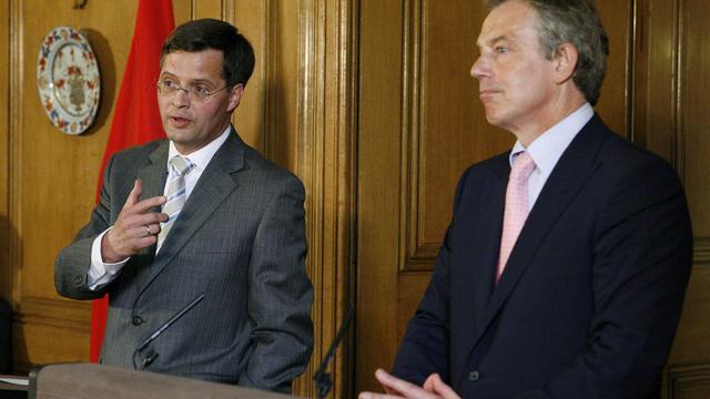 'Balkenende waarschuwde Blair voor inval Irak'