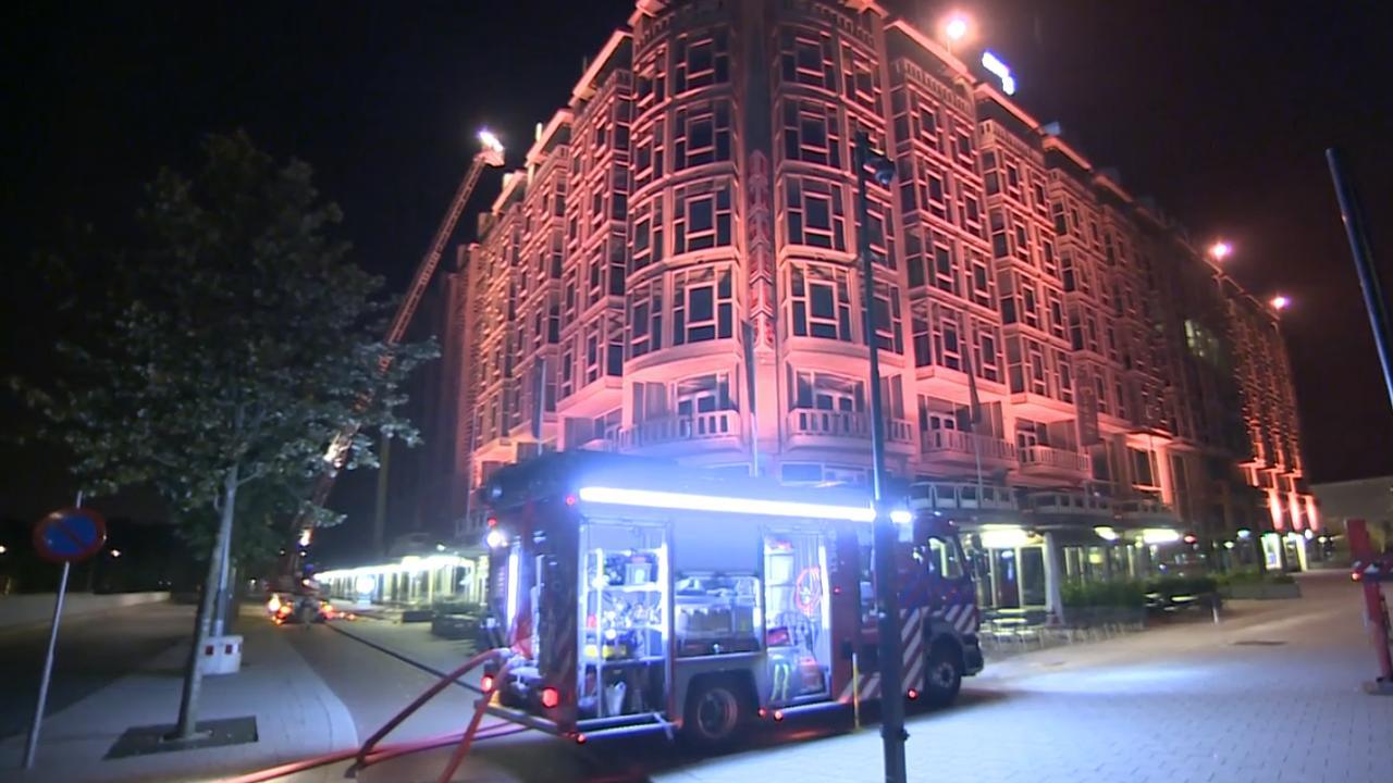 Grote brand op dak Groothandelsgebouw Rotterdam
