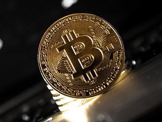 Beleggers investeren in cryptomunten voor de lange termijn