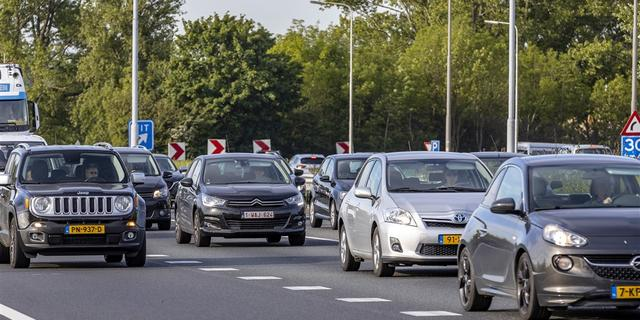 A27 Werkendam weer open na ongeval met bus en motor