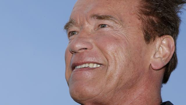 Arnold Schwarzenegger weer thuis na hartoperatie