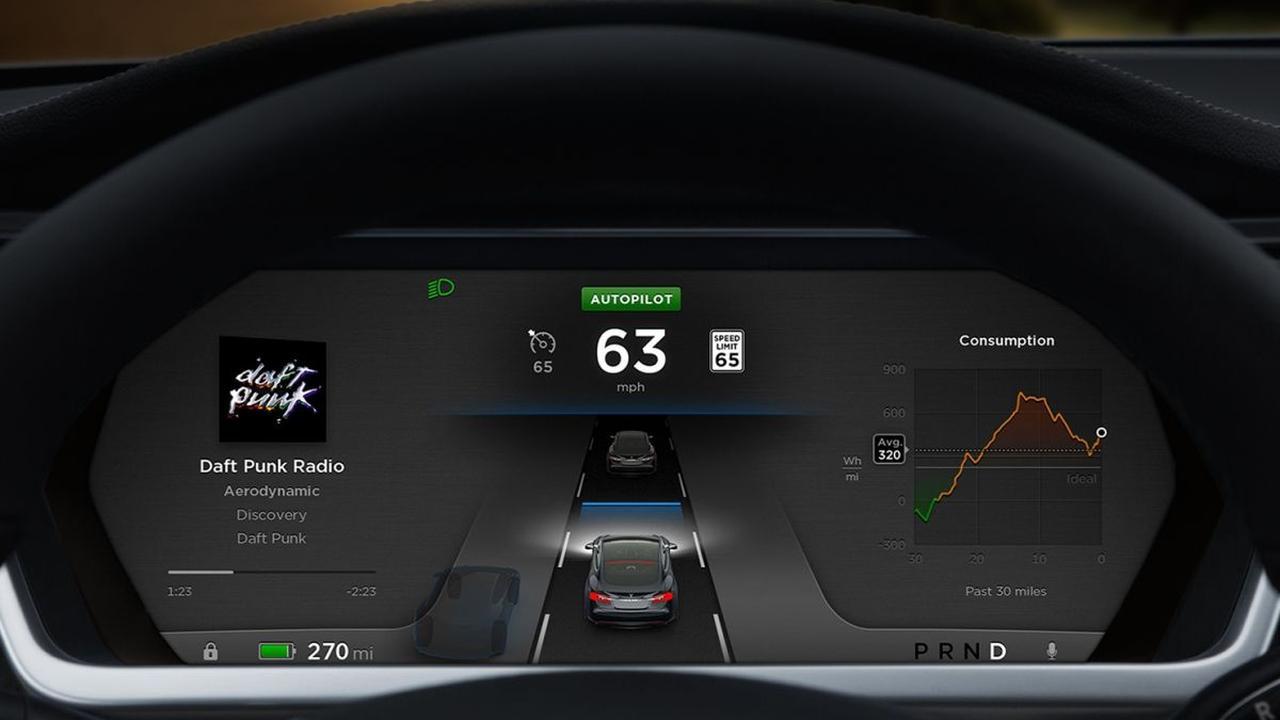 Tesla lanceert zelfrijdende software