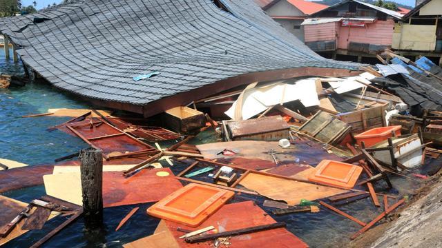 Minstens twintig doden door zware aardbeving op de Molukken