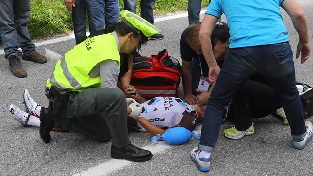 Pozzovivo loopt geen hersenschade op bij zware val in Giro