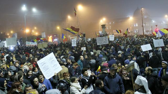 Weer protesten in Boekarest na oplopen dodental nachtclubbrand