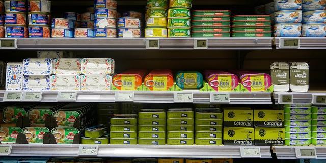 Waar je op moet letten als je tonijn uit blik koopt