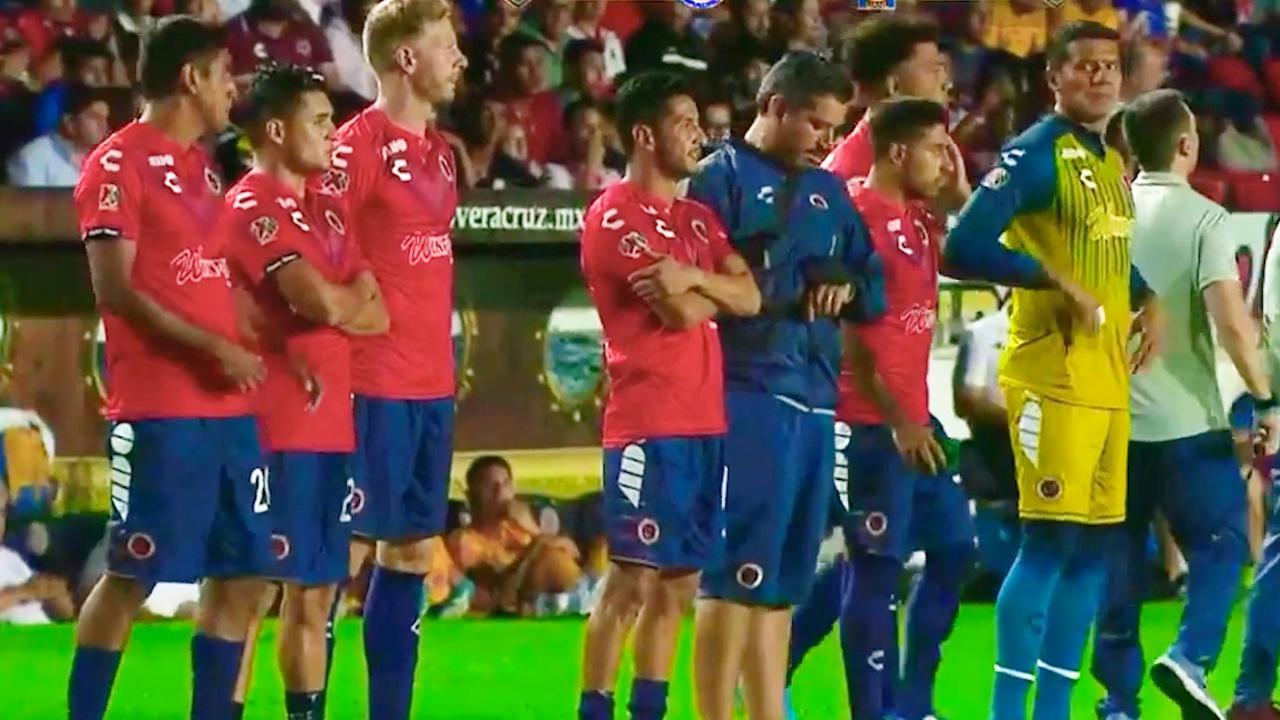 Spelers Veracruz geven twee doelpunten weg uit protest