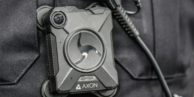 Handhavers in Alphen aan den Rijn krijgen nog in januari bodycam