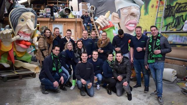 Bouwschuurdeuren open bij carnavalsverenigingen Etten-Leur
