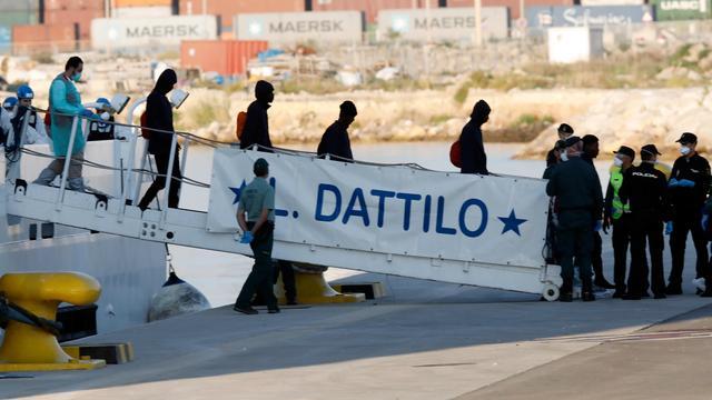 Steeds meer migranten reizen via Middellandse Zee naar Spanje