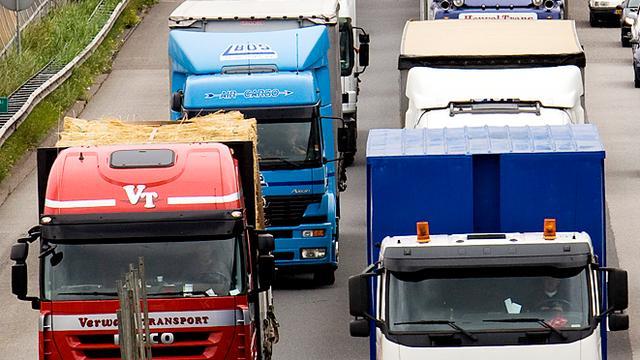 Omzet transportsector daalt voor het eerst sinds 2010