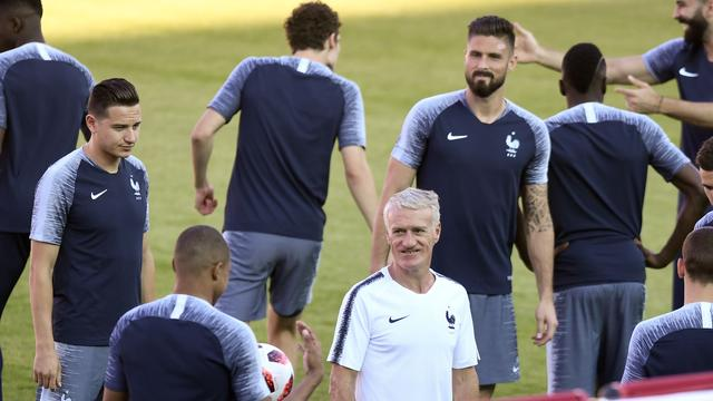 Bondscoach Deschamps wil tegen Argentinië invloed Messi minimaliseren