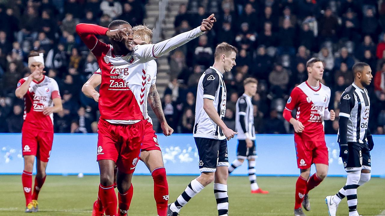 Fc Utrecht Much Too Strong For Heracles Vitesse Defeats Nac Teller Report