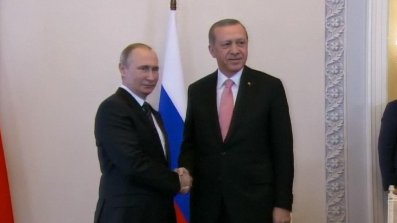 Erdogan en Poetin in gesprek na maanden van diplomatieke crisis