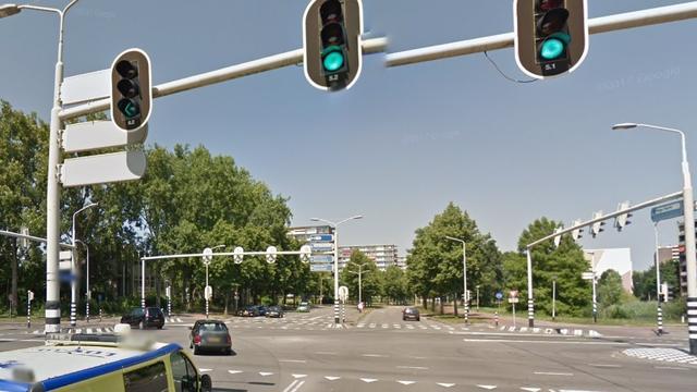 Man (34) aangehouden voor lastigvallen en beroven vrouw in Breda