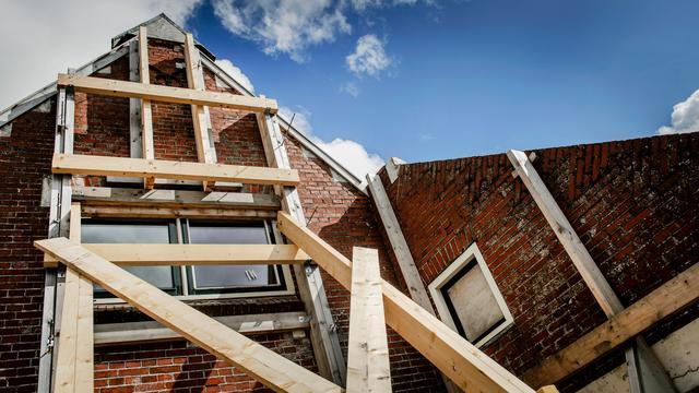 Wiebes zegt dat discussie huizenversterking niet over geld gaat
