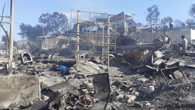 Opnieuw brand in groot Grieks vluchtelingenkamp