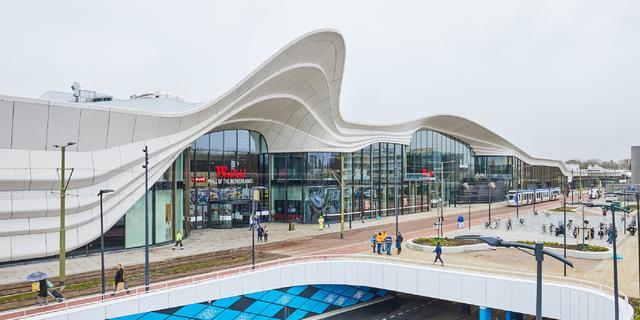 Megawinkelcentrum bij Den Haag opent deuren midden in lockdown