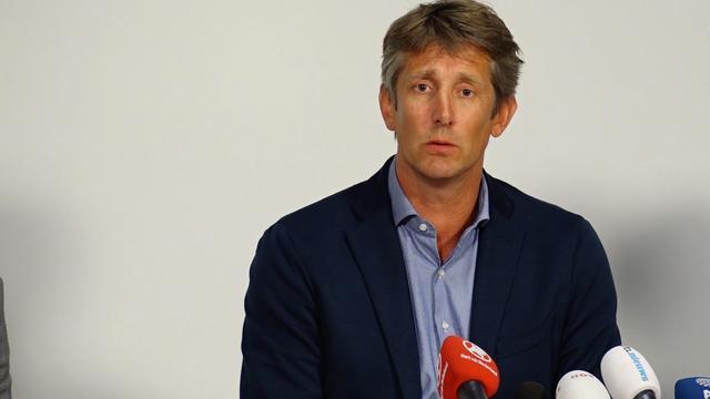 Geëmotioneerde Van der Sar betuigt spijt om zaak Nouri